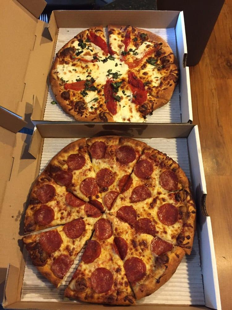 Blue Water Bistro & Pizzeria: 11921 SE Torch Lake Dr, Alden, MI