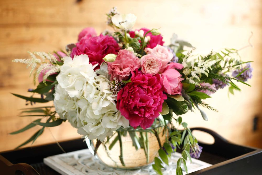 Fiori Floral Studio: 221 E Main St, Charlottesville, VA