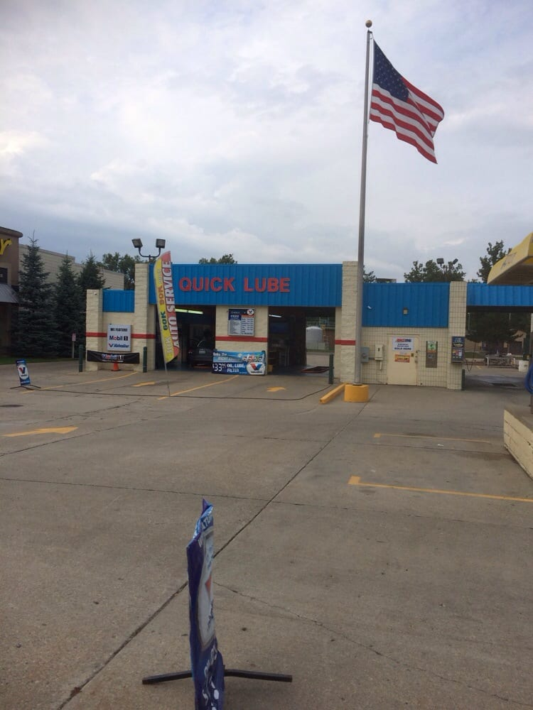 Spotless Auto Lube and Wash: 815 W State St, Hastings, MI