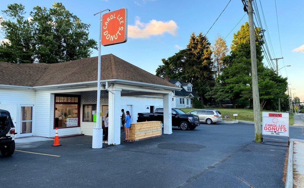 Carol Lee Donuts: 1414 N Main St, Blacksburg, VA
