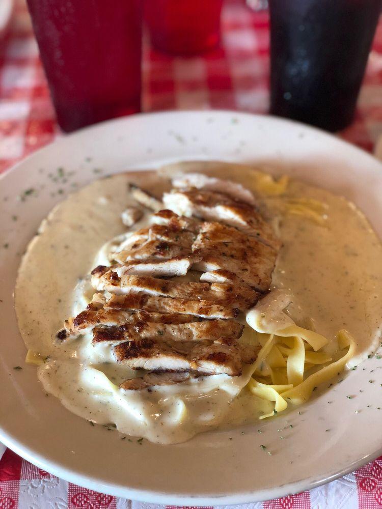 Bella Italian Restaurant: 2150 Del Rio Blvd, Eagle Pass, TX