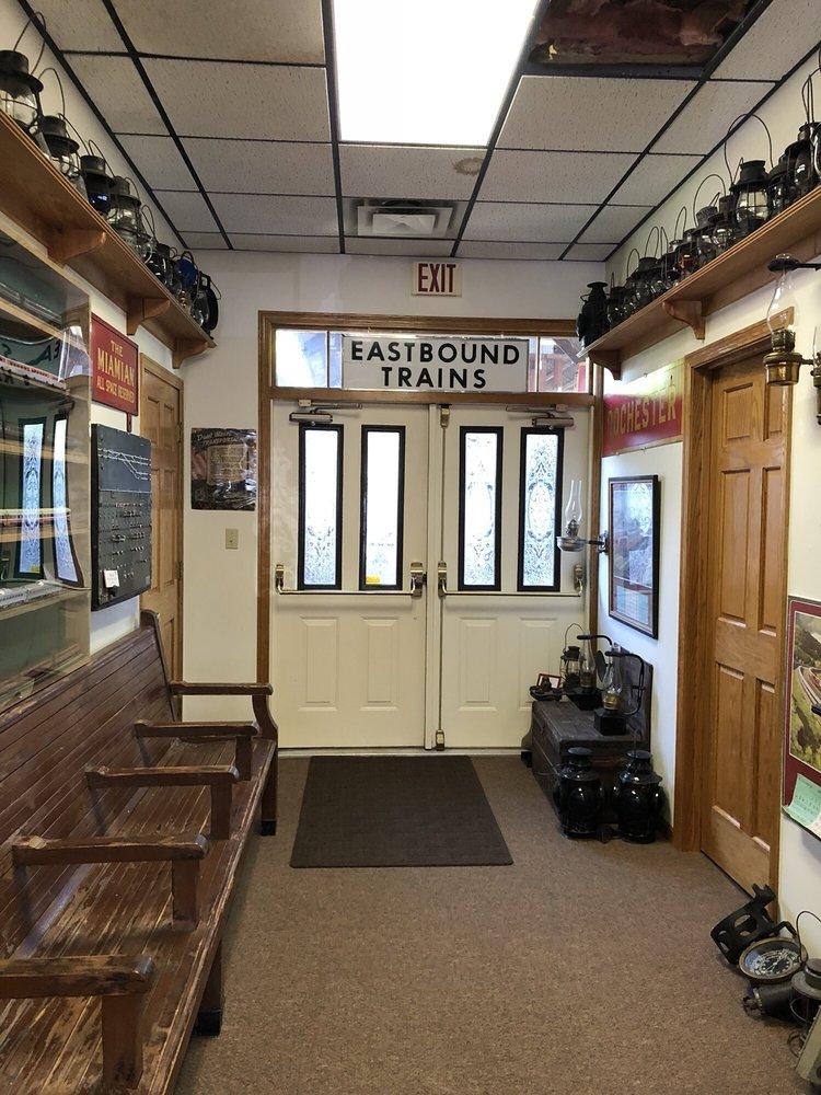 Harlensburg Station: 424 Old Rte 19, Harlansburg, PA