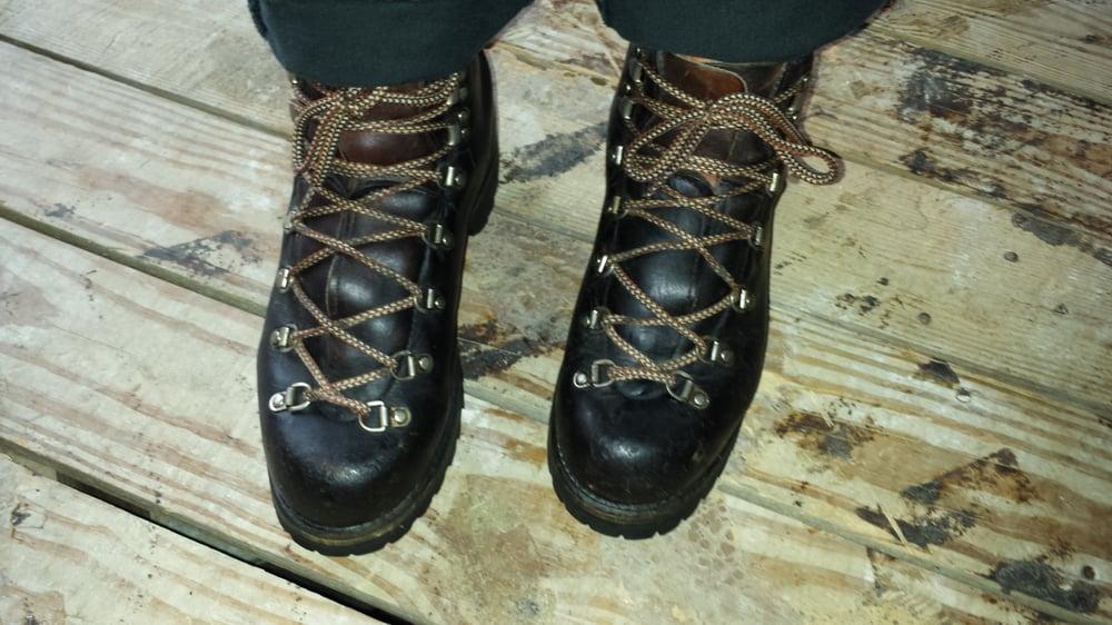 Red Wing Shoe Store: 28271 Woodward Ave, Berkley, MI