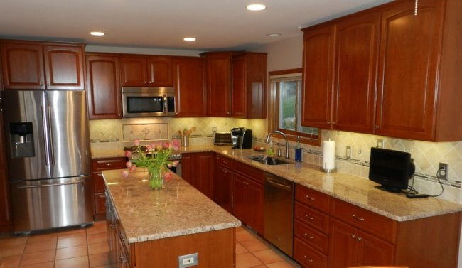 Full Kitchen Remodel In Novi. Cabinets By Michigan Kitchen Cabinets, Granite, Tile Splash And
