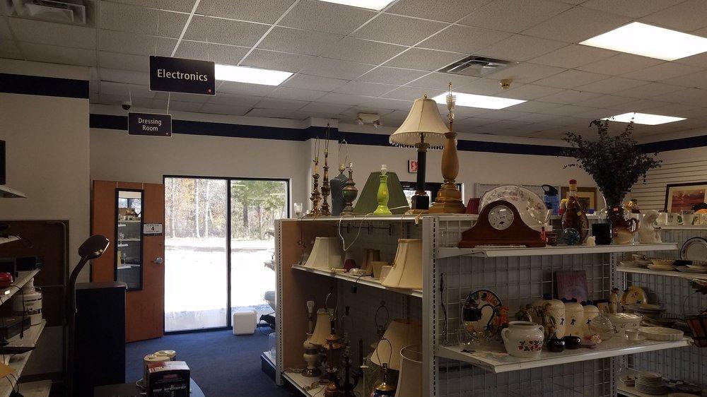 The Salvation Army of Newnan: 670 Jefferson Street Ext, Newnan, GA