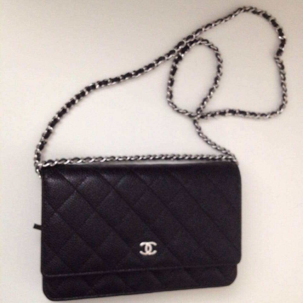 d4e201522fdb Shortened chain length. Chanel wallet purse also called wallet on ...