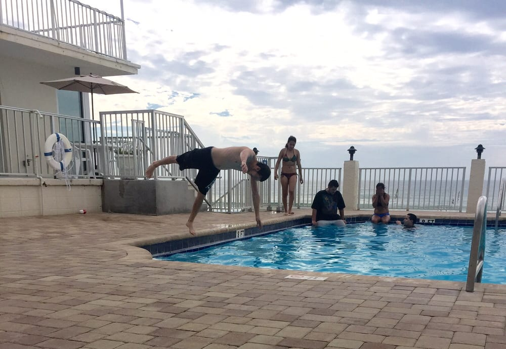 Panama City Beach Hotels Adjoining Rooms