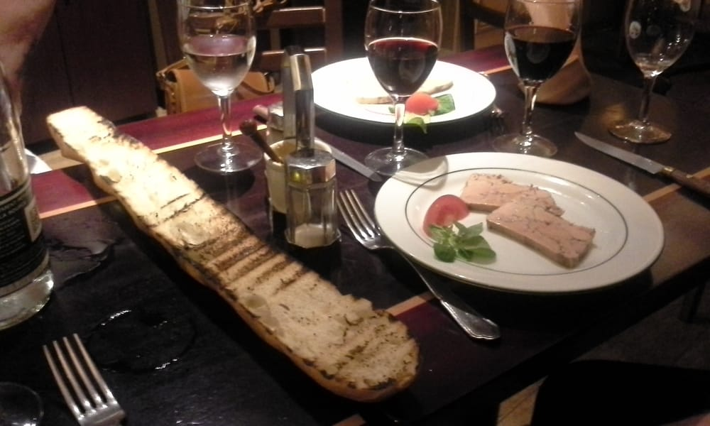 Pate maison with grilled french bread yelp for Auberge de jeunesse la maison paris