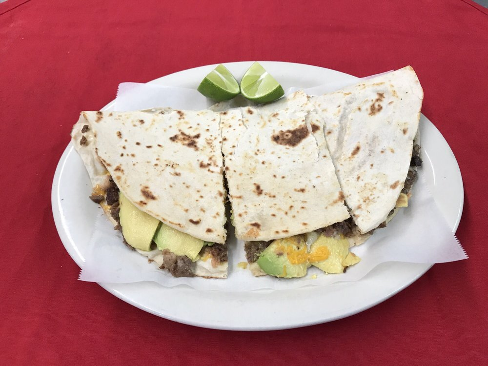 Taqueria El Chato: 121 S Armstrong Ave, Kingsville, TX