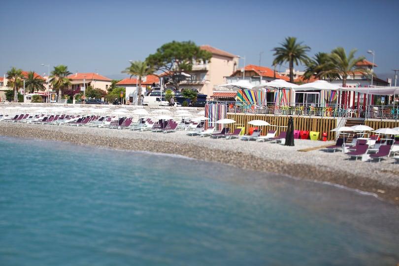 Art beach beaches 55 ter promenade de la plage cagnes for Garage de la plage cagnes sur mer