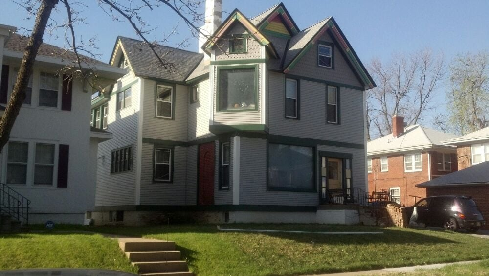 New siding by m m home exteriors yelp for Home by m