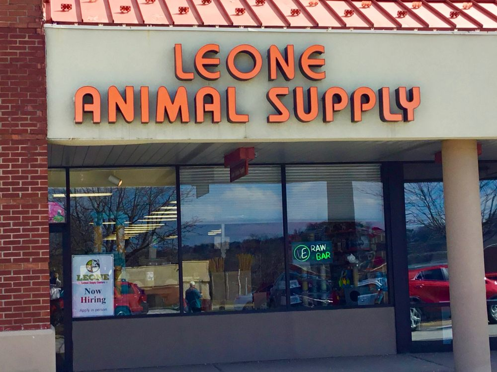 Leone Animal Supply Centers: 3917 Washington Rd, McMurray, PA