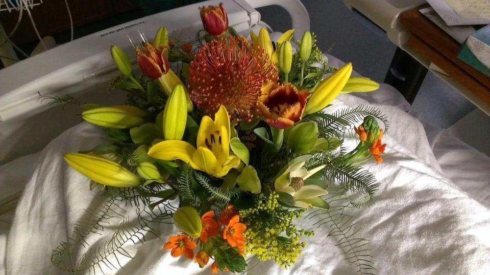 Prairie Basket Florist: Barrington, IL