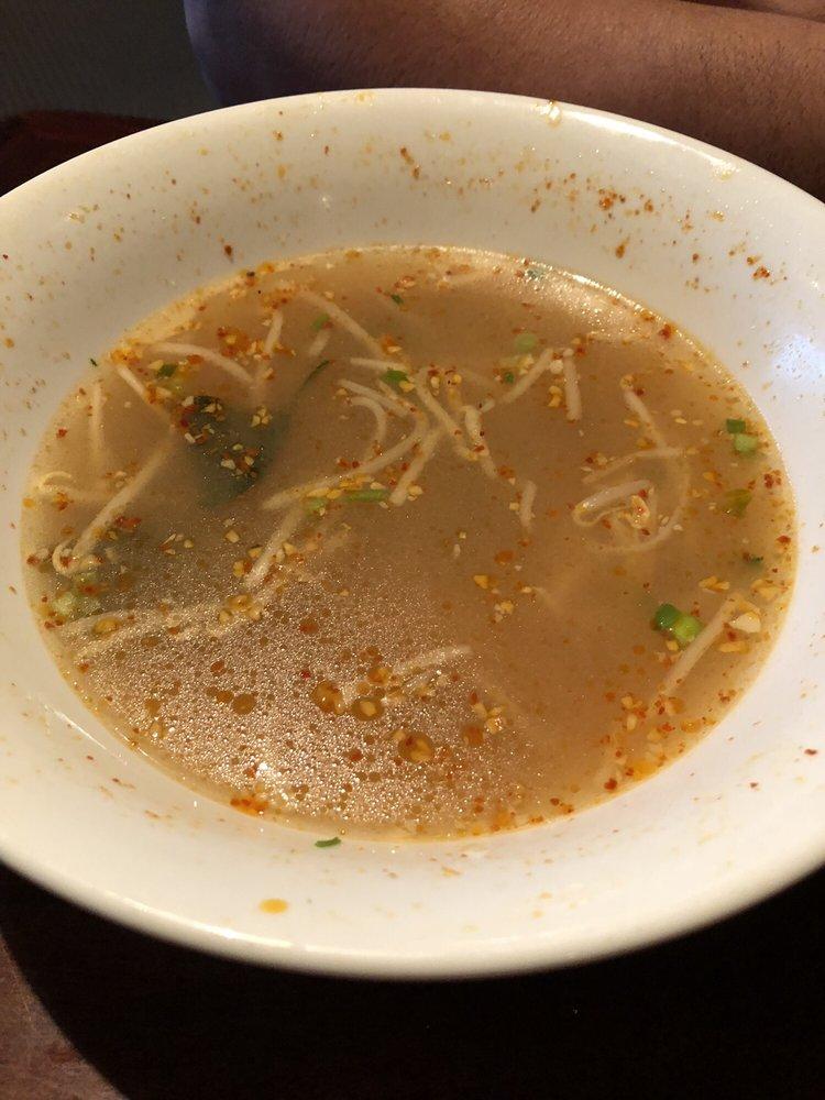 Phoumy Thai Cuisine: 1528 East Isaacs Ave, Walla Walla, WA