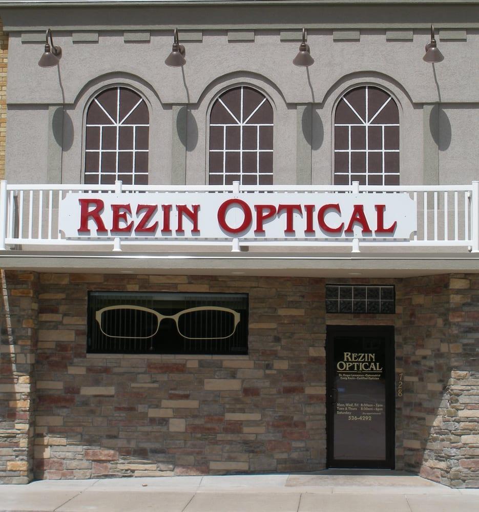 Rezin Optical: 728 E 2nd St, Merrill, WI