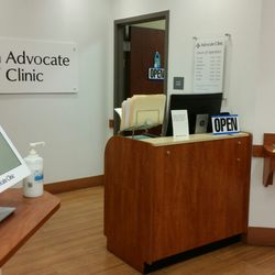 Advocate Medical Group Walgreens - Family Practice - 1633 W 95th St