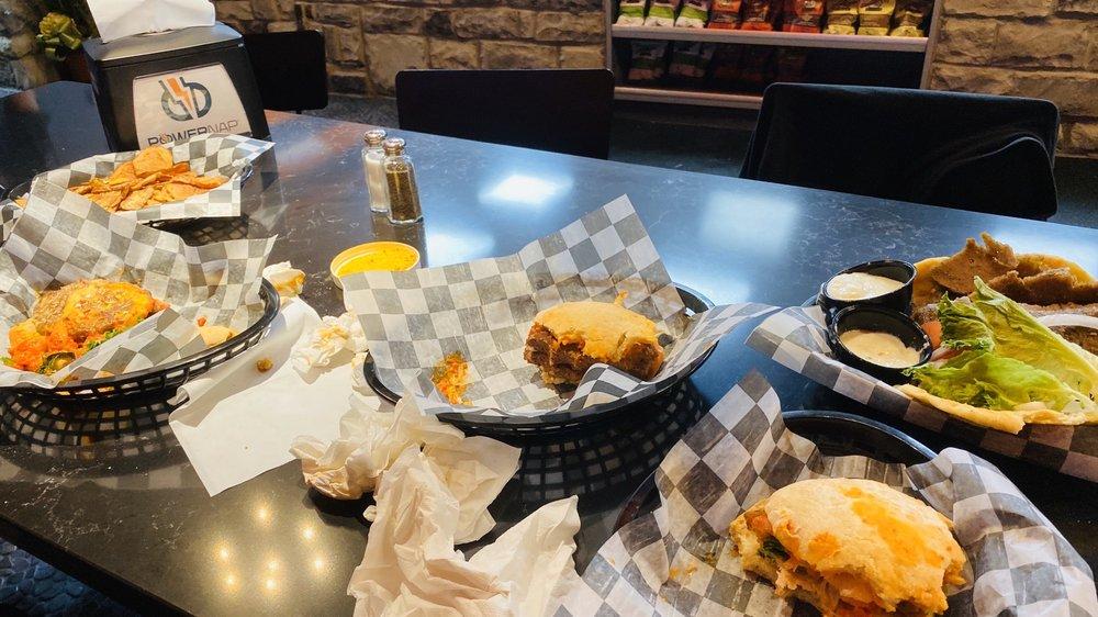 11/11 Burgers and Fries: 3818 E Court St, Flint, MI