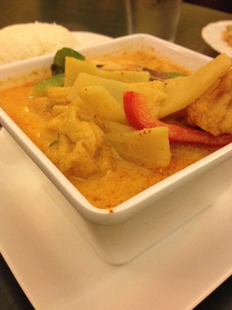 ... - Pittsburgh, PA, United States. Red curry with shrimp and tofu