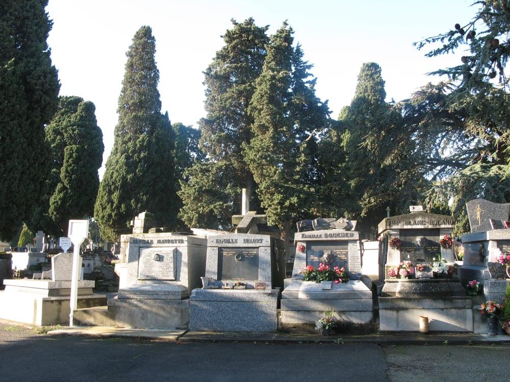 cimeti re de rapas saint cyprien funeral services cemeteries 63 rue cimeti re st cyprien. Black Bedroom Furniture Sets. Home Design Ideas