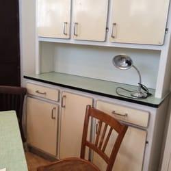 les petits meubles de marie furniture repair 38 rue lucien sampaix canal st martin gare de. Black Bedroom Furniture Sets. Home Design Ideas