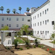 Court Photo Of Linda Vista Senior Apartments Los Angeles Ca United States
