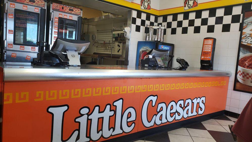 Little Caesars: 880 W Sugarland Hwy, Clewiston, FL