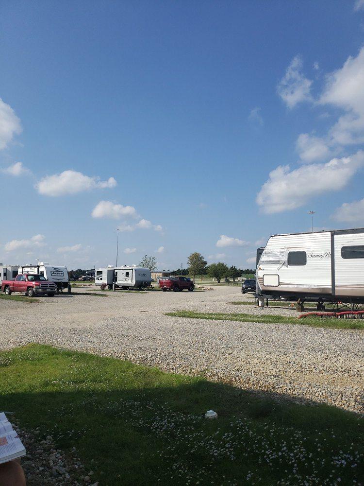 Stinson RV Park: 3641 E I-30, Campbell, TX