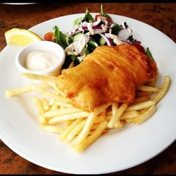 Bistro blanc fransk the wave surf pde broadbeach for Wave fish and chips