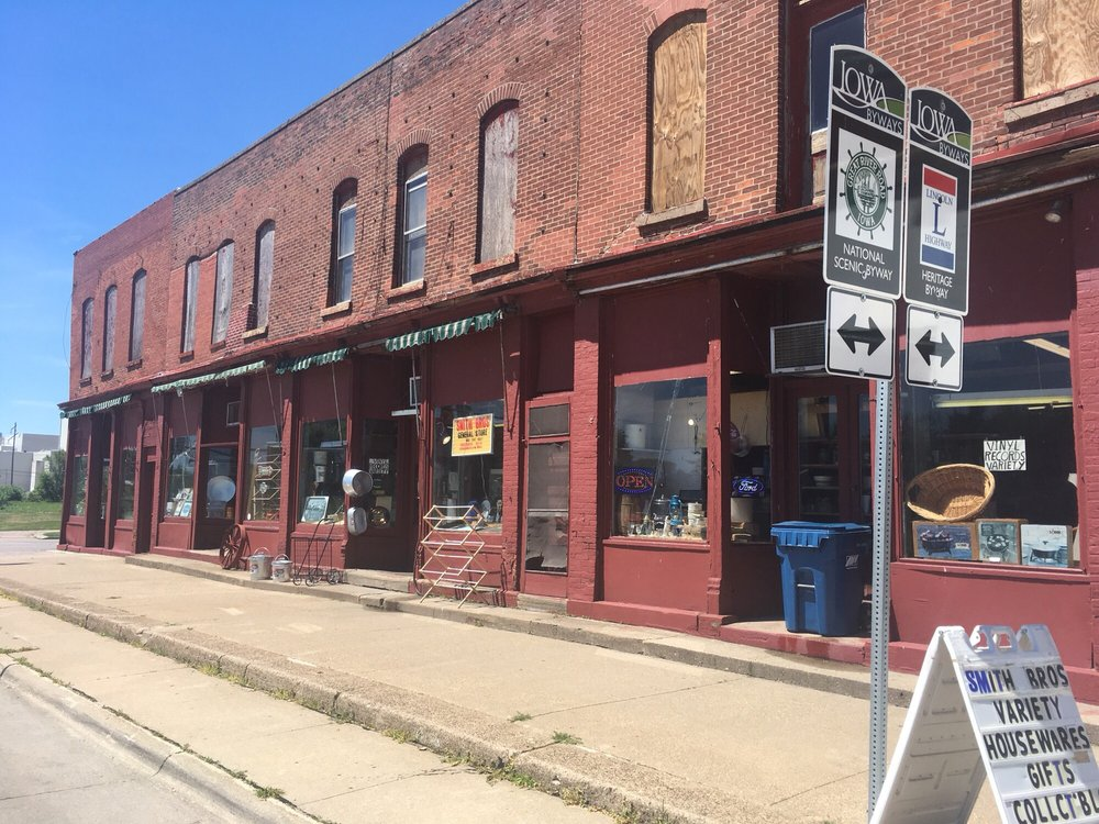 Smith Brothers General Store: 1016 S 4th St, Clinton, IA