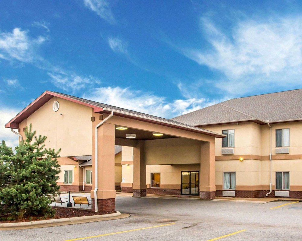 Econo Lodge: 491 E Hwy 76, Anderson, MO