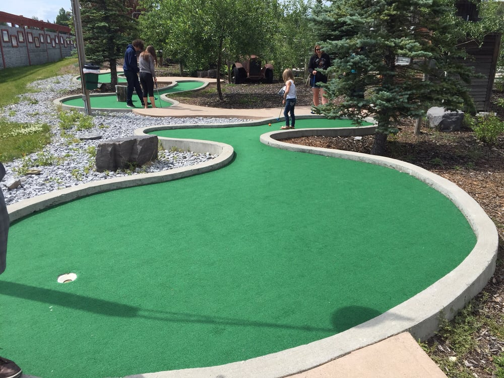 Mini Golf Calgary South