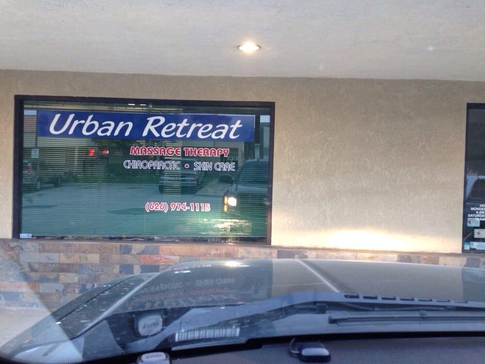 Urban retreats day spa 30 reviews massage 20512 e for 3 day spa retreat