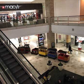 H M Fashion Place Mall Phone Number