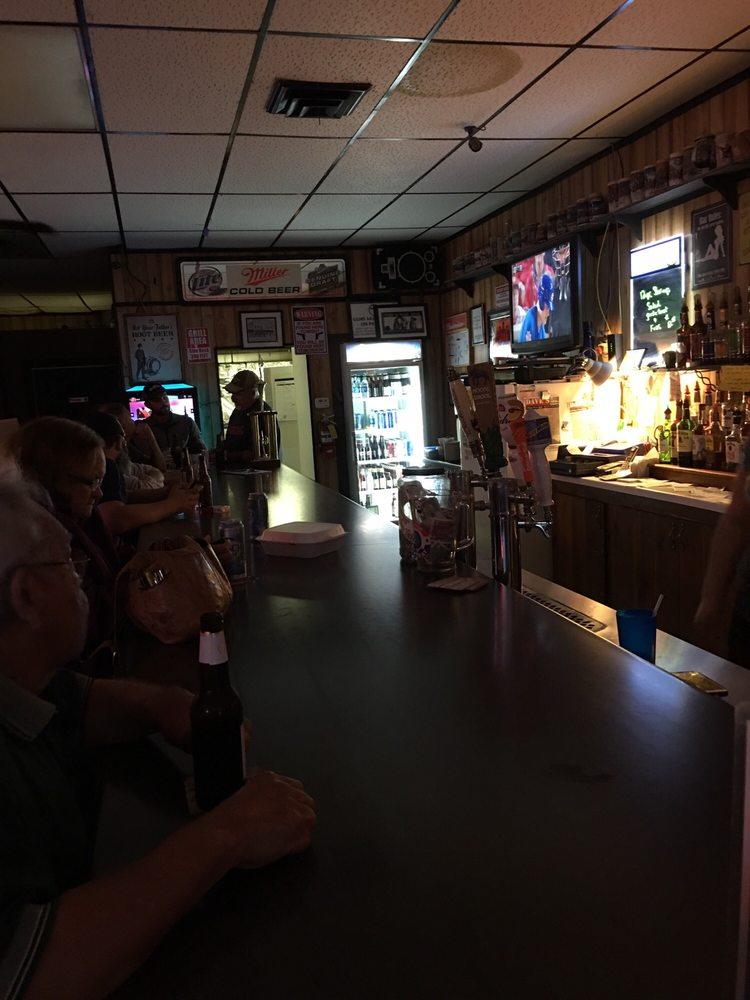 Photo of Welcome Inn Bar & Grill: Eddyville, IA