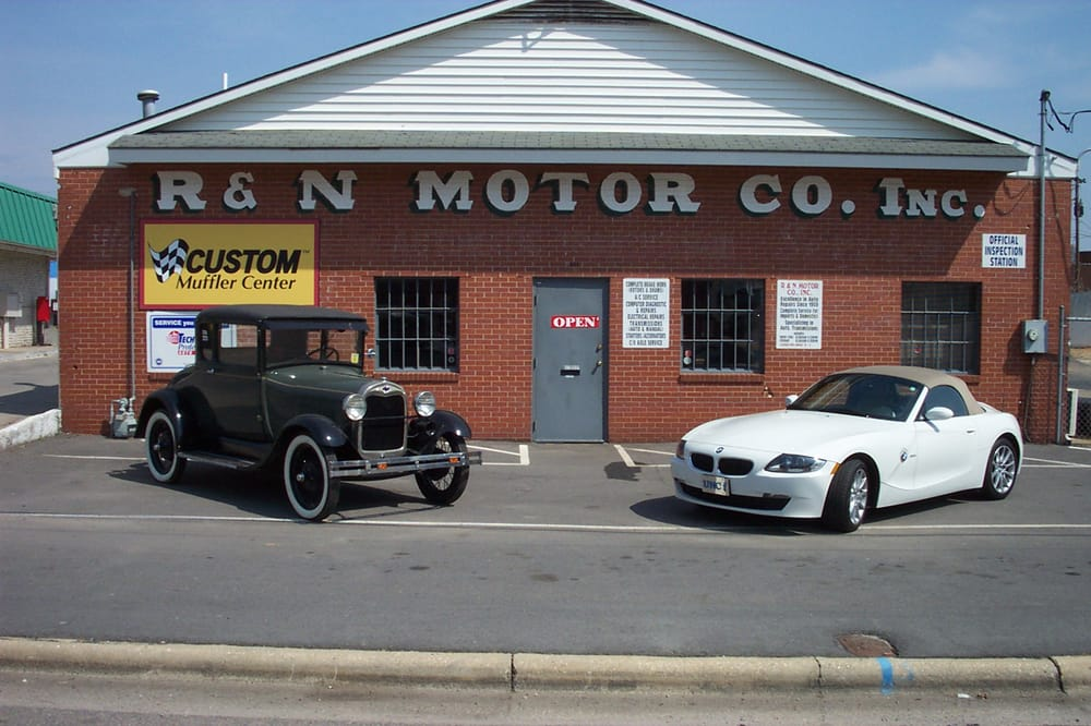 R n motor company 51 photos 12 reviews garages for Woodland motors phone number