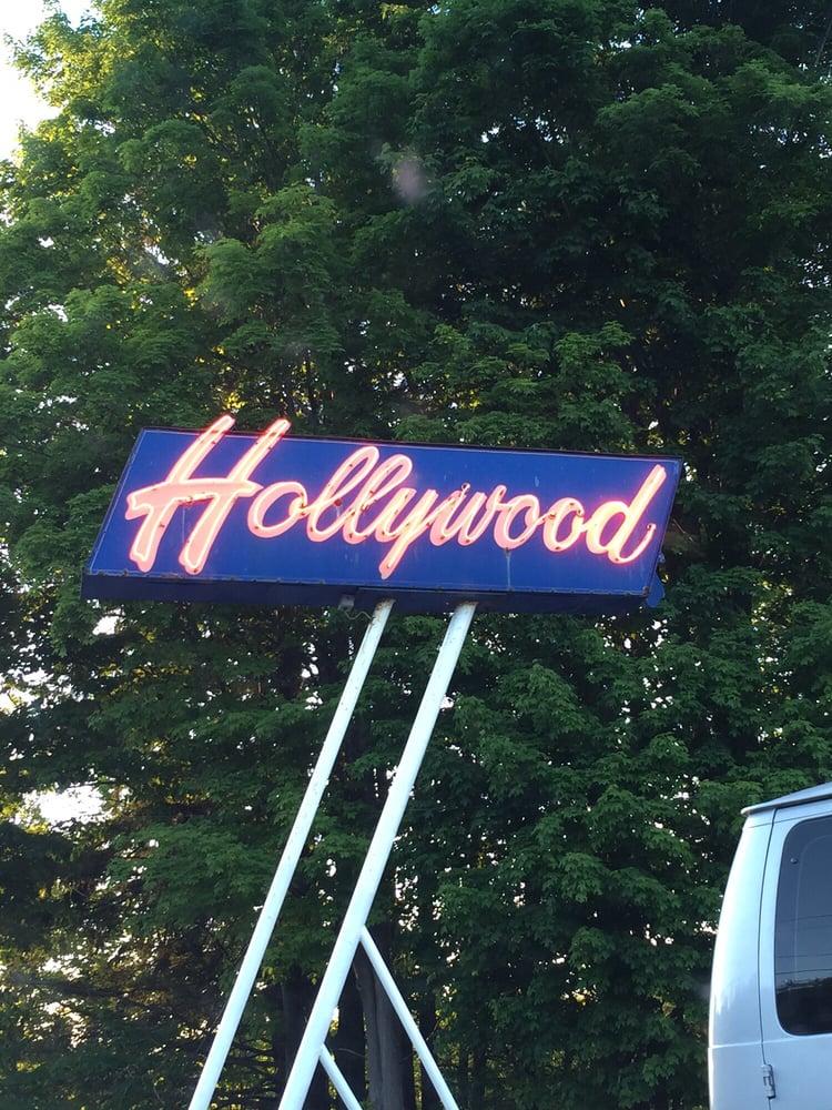 Hollywood Drive-In Theatre: 9270 Rte 66, Averill Park, NY