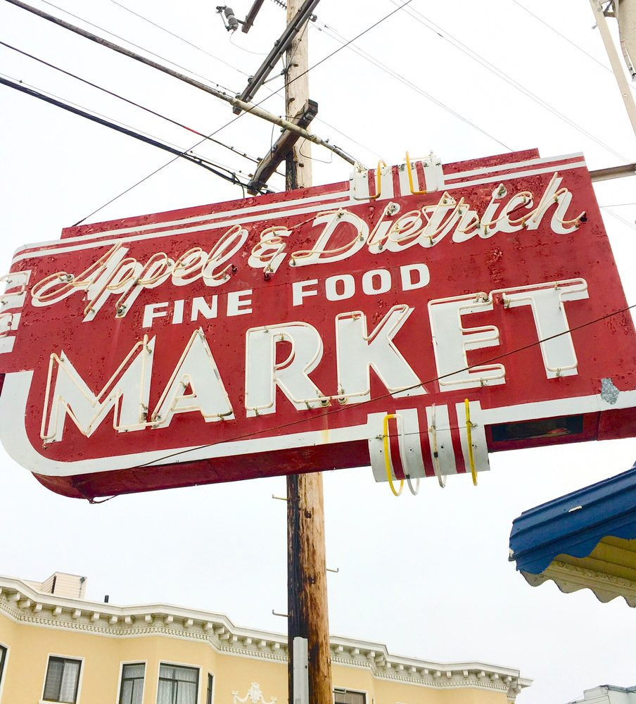 """a supermarket in california The poem """"a supermarket in california"""" gives a synopsis of ginsberg's character as both a writer and a human being as a writer, ginsberg was known for being particularly outright and radical, speaking out against many of the traditions of american society in 1950s."""