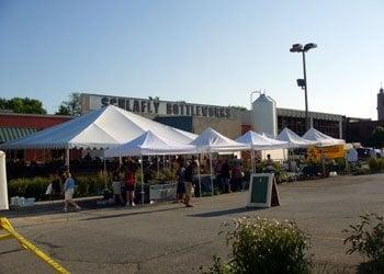 Maplewood Market: 7260 Southwest Ave, Maplewood, MO