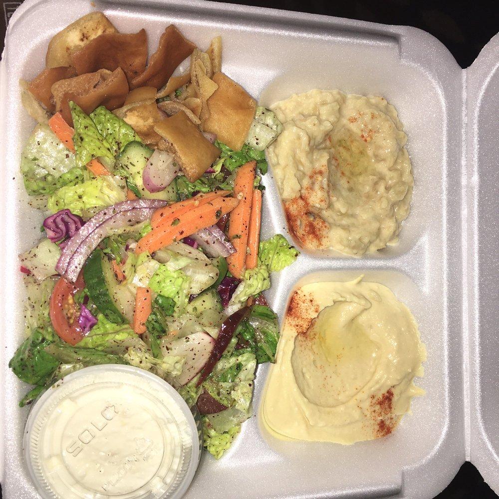 Chicken Inn Restaurant: 714 Wyandotte Street E, Windsor, ON
