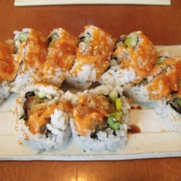 Hinode Japanese Restaurant - Piermont, NY, United States. spicy tuna tempura roll