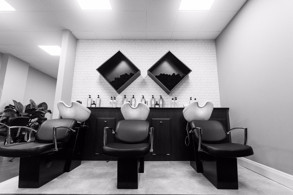 Shampoo: 275 Bloomfield Ave, Caldwell, NJ