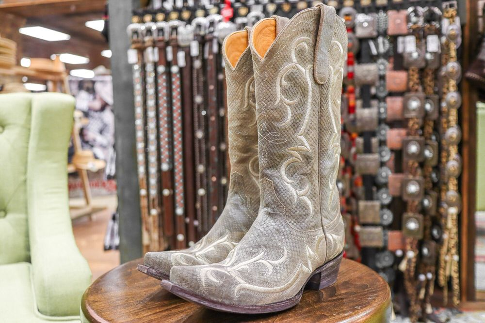 480646f4dca Cavender's Boot City - 2019 All You Need to Know BEFORE You Go (with ...