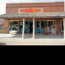 Photo Of Furniture U0026 Flowers/Gypsy Rose   Panhandle, TX, United States.