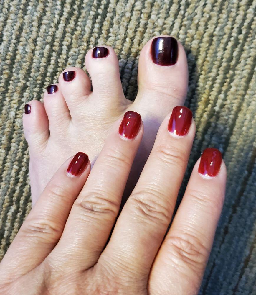 LA Nails Lawrenceburg: 488 W Eads Pkwy, Lawrenceburg, IN