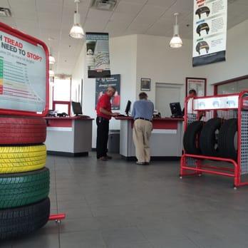 Discount Tire Store Hours >> Discount Tire 11 Photos 34 Reviews Tires 1175 E Sr