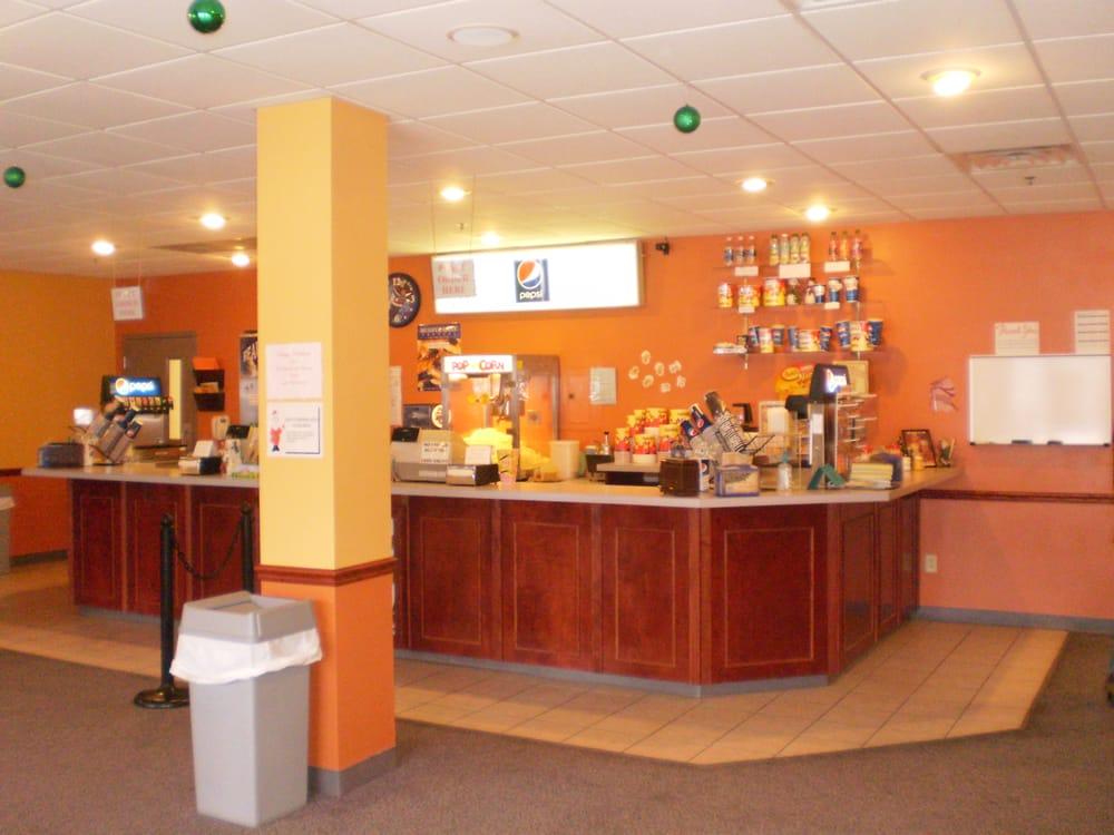 Gladbrook Theater: 319 2nd St, Gladbrook, IA