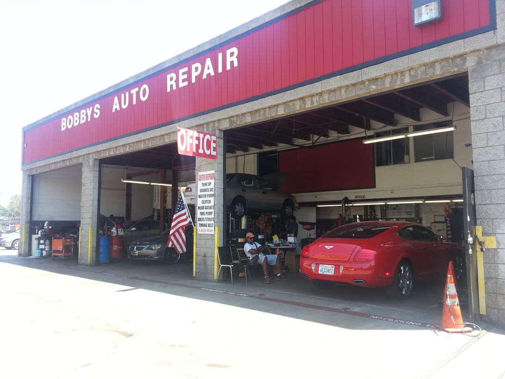 Bobby s auto repair body shop 32 photos motor for Motor vehicle body repair