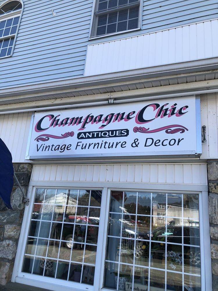 Champagne Chic: 31 Federal St, Belchertown, MA