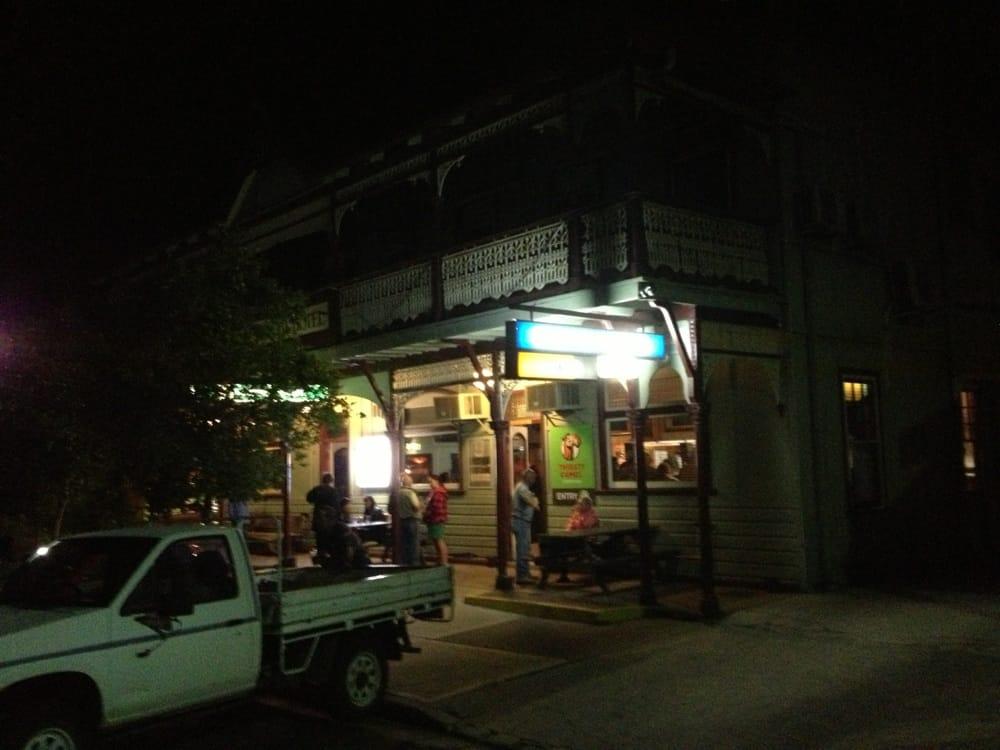 Erringhi Pub