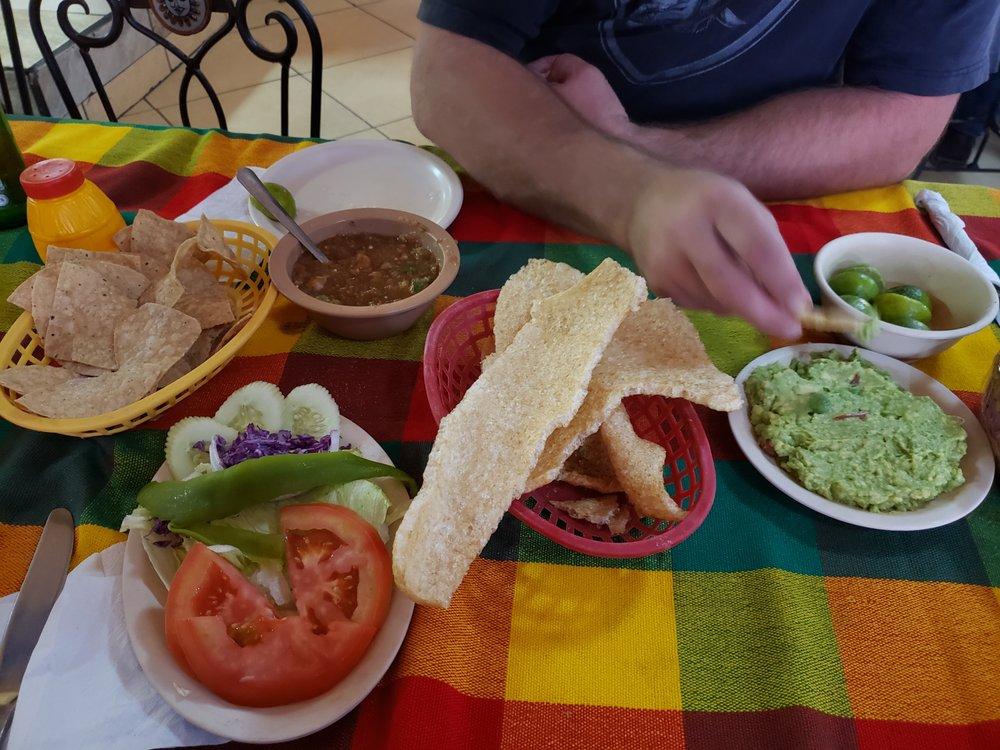 El Tule Restaurant: Calle Arroyo de los Nogales S/N, Heroica Nogales, SON